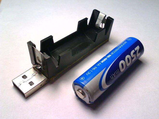 USB-зарядник для Ni-Mh, Ni-Cd аккумуляторов